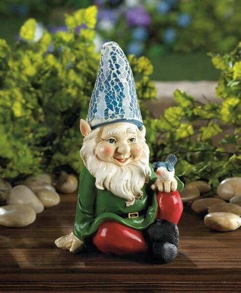 Eastwind Gifts Cheery Gnome Solar Garden Statue