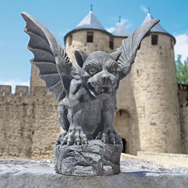 Design Toscano Florentine Gargoyle Garden Statue