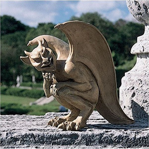 Design Toscano Legend of the Cambridge Hopping Gargoyle Sculpture