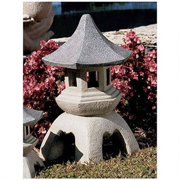 Design Toscano Pagoda Lantern Garden Statue