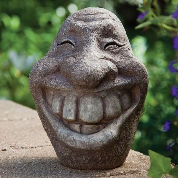 Big Stone Smiley Face Statue
