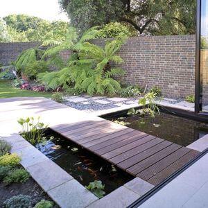 80 Garden Pond Ideas and Designs - Golly Gee Gardening #gardenpond #gardenponds #gardeninspiration #gardenideas